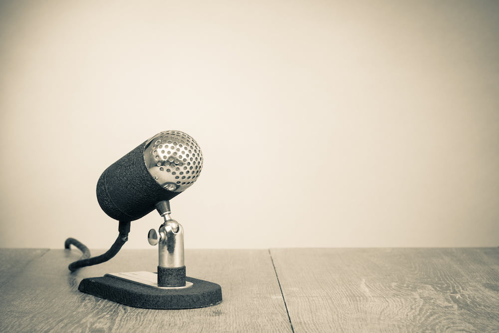 Read more about the article 10 reasons why podcasting is better than blogging